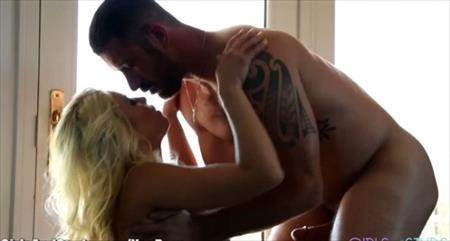 Blonde Woman Makes Muscular Guy Cum Twice - Awesome sex by muscular guy and horny blonde woman. They start their hard romance by exchanging kisses, lips to lips, licking pussy and sucking cock and the start fucking in many different unique sex ..